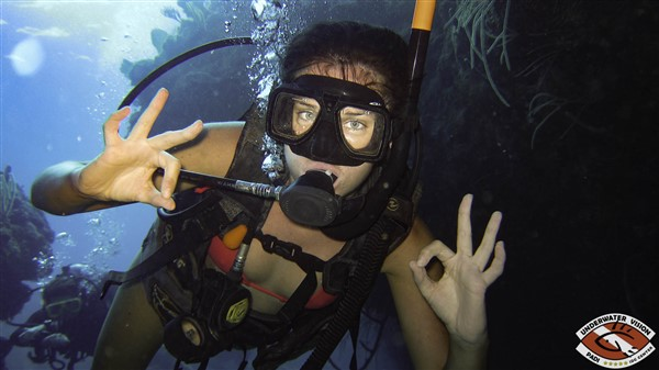 Diving is Awesome on Utila, Honduras